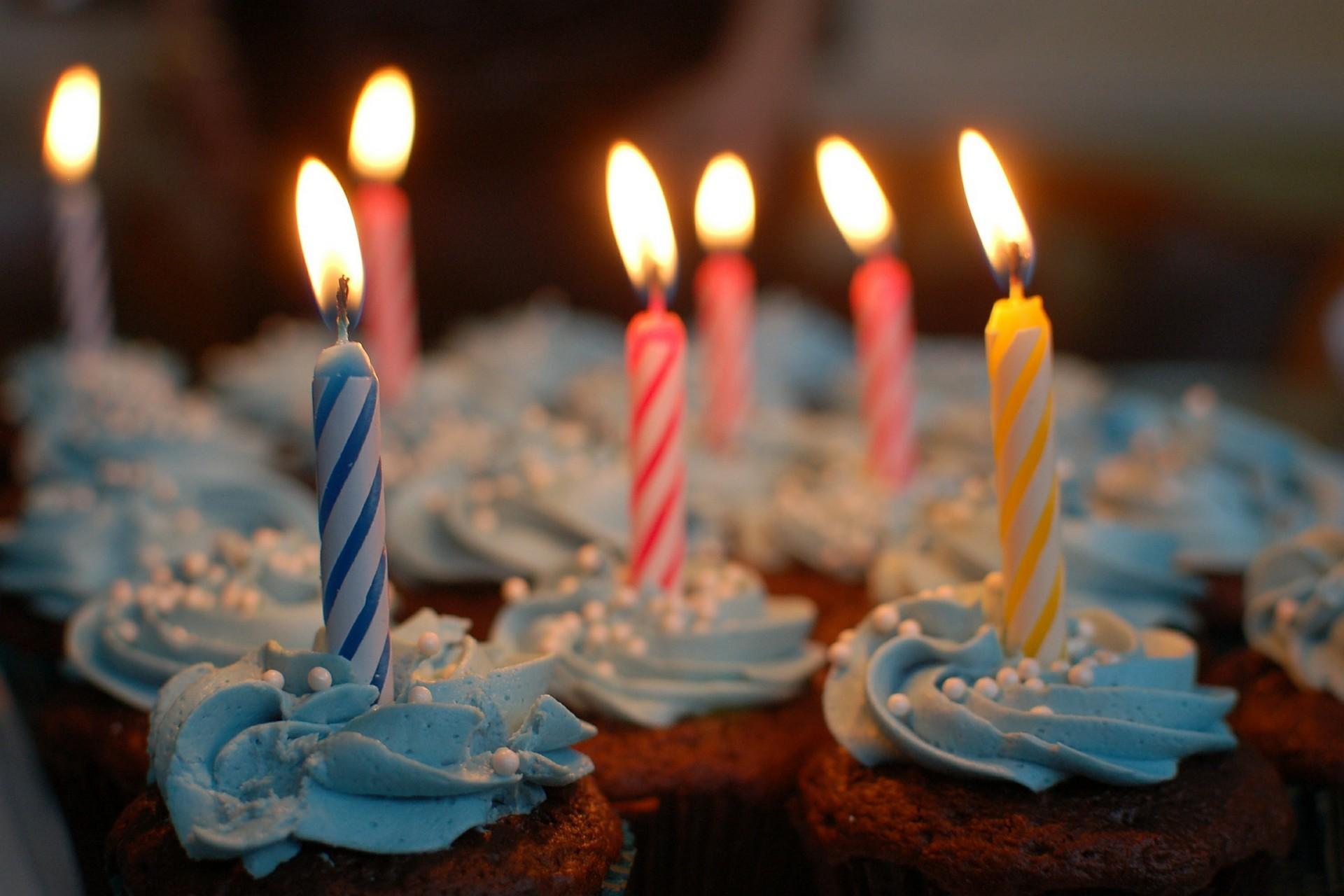 SALLE-SEMINAIRE-RECEPTION-CHERBOURG-IBIS-reception-privee-anniversaire-3